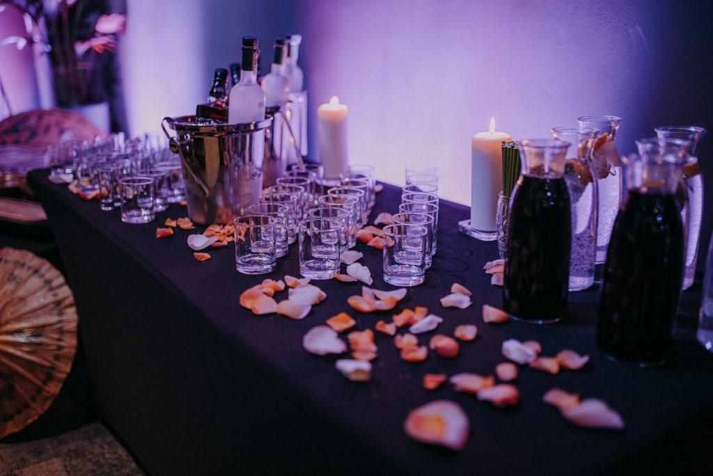 Sala bankietowa gotowa na przyjęcie gości